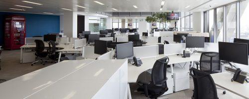 Ako sa sústrediť a byť efektívny v rušnom open office?
